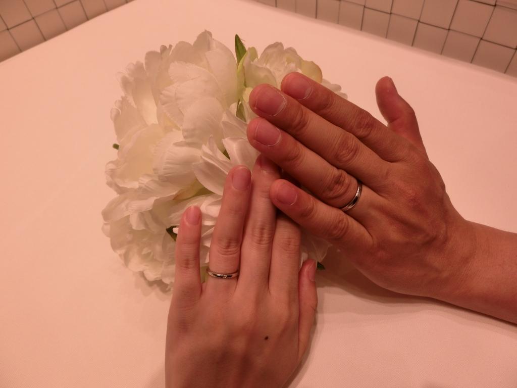 これから毎日、指輪を付けるのが楽しみです。