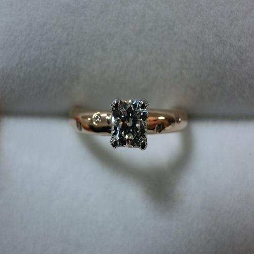 クッションカットのダイヤモンドをジュエリーリフォーム