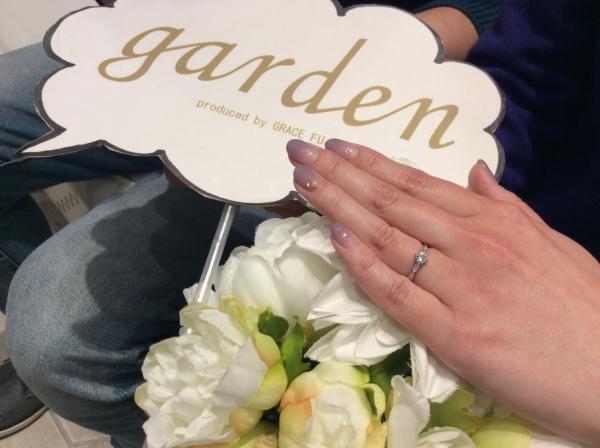 婚約指輪をご成約頂きました。