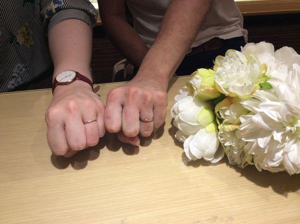ミルク&ストロベリー結婚指輪エテルナ
