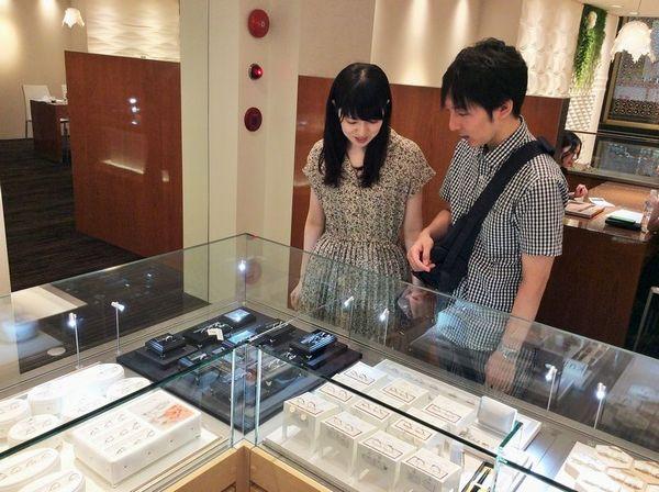 加古川市結婚指輪VIVAGE