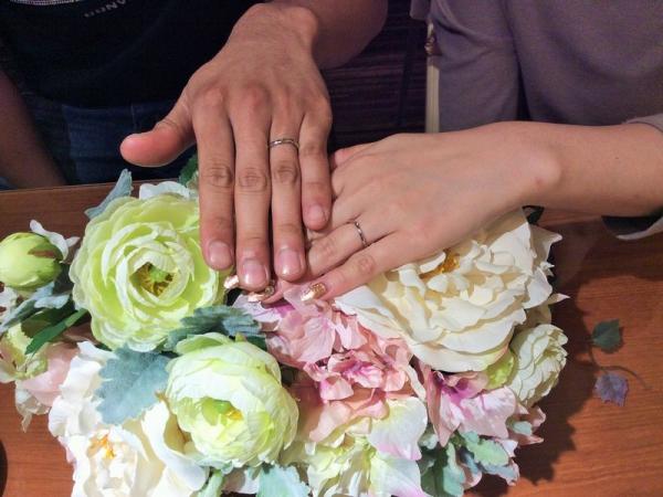 姫路市「VIVAGE」の婚約指輪「MILK&Strawberry」の結婚指輪をご成約頂きました。