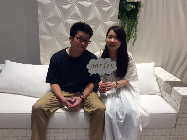 ロゼット月明り結婚指輪