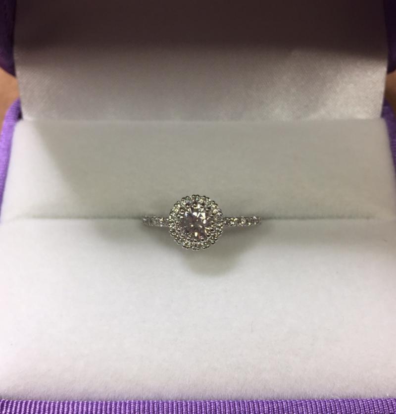 ジュエリーリフォーム後の婚約指輪 プラチナ