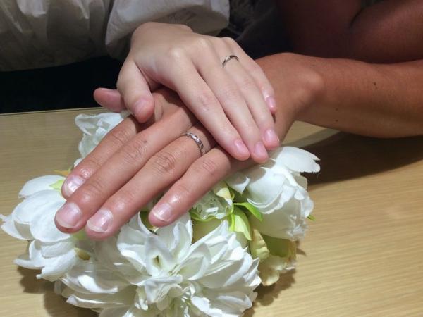 LOVERSとAnkhoreの結婚指輪