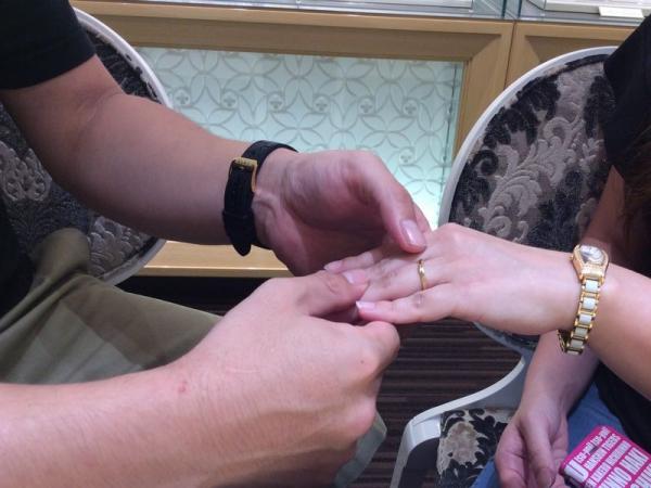 LAPAGE結婚指輪クレマチス