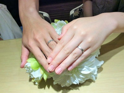 神戸市『カタム』の結婚指輪をご成約いただきました。