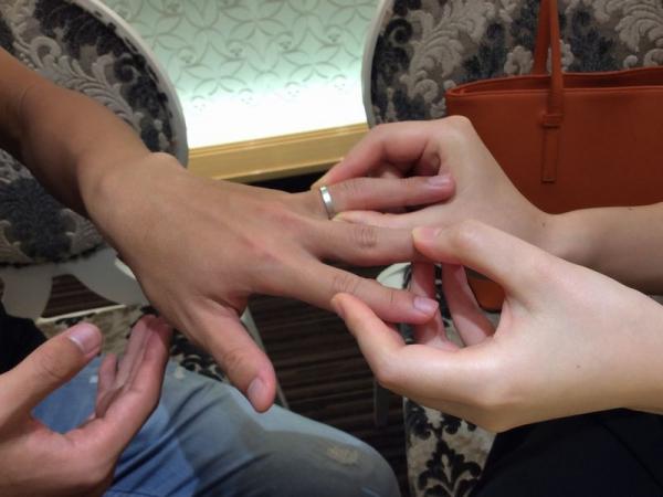 カタム結婚指輪紅