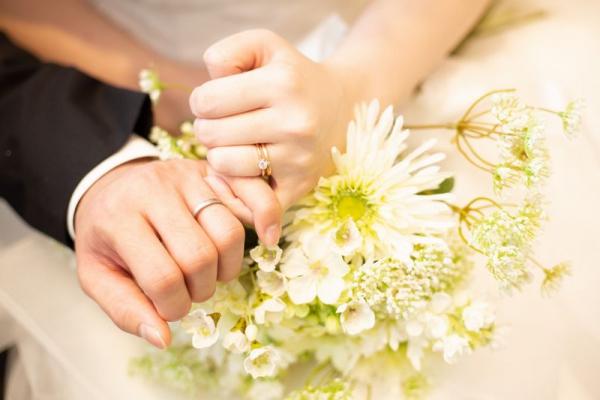 婚約指輪・結婚指輪の重ねづけ【フォトウエディング】