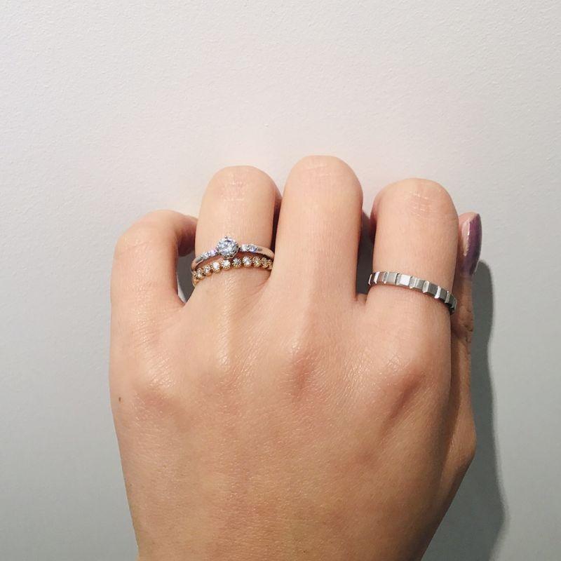 CHER LUV結婚指輪とet.lu婚約指輪重ね着け