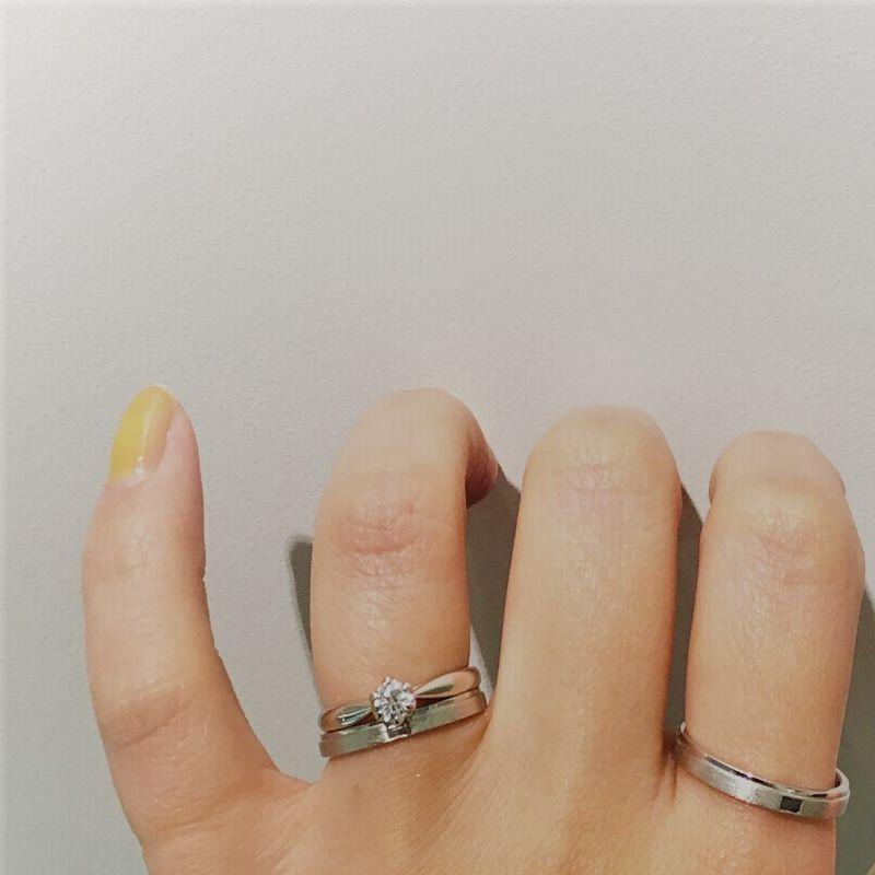 オレッキオguira結婚指輪とキャンドル結婚指輪重ね付け