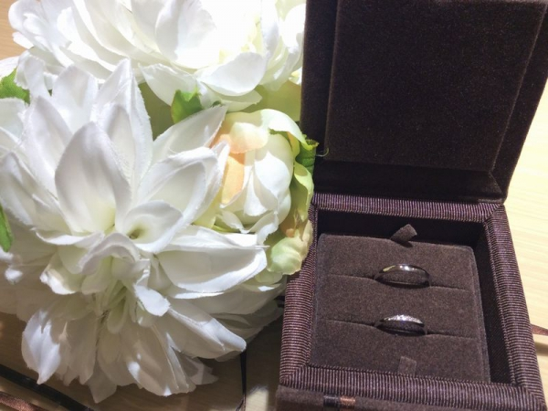 ブリーズ結婚指輪PAVEO CHOCOLAT