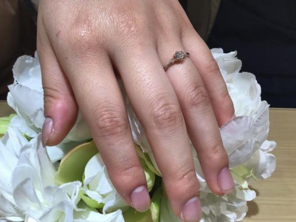 揖保郡太子町『Milk&Strawberry』婚約指輪をご成約いただきました。