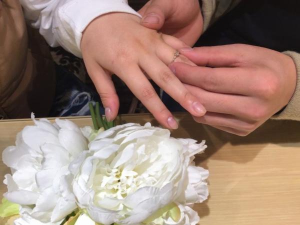 シュエット婚約指輪