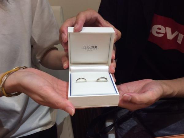 『FISCHER』の結婚指輪をご成約頂きました。