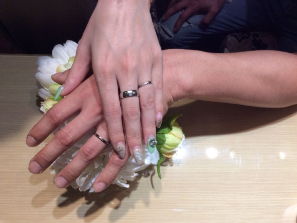 鍛造製法の結婚指輪