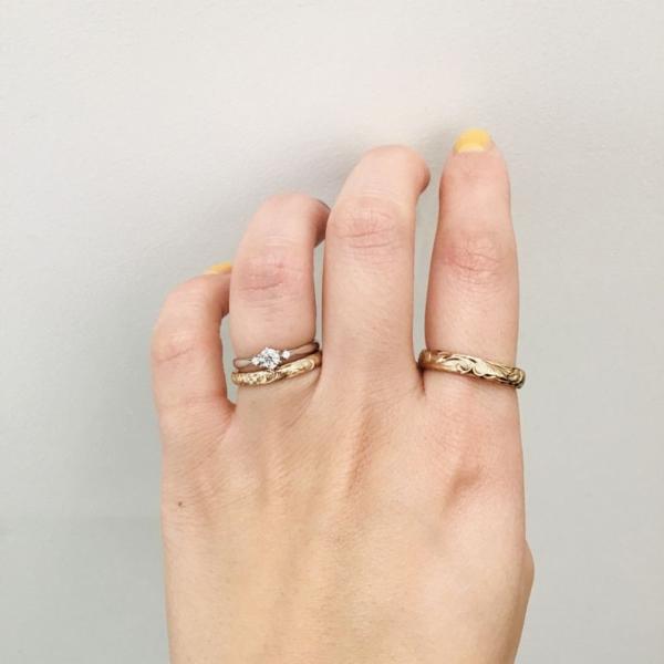 婚約指輪の重ね着け 1