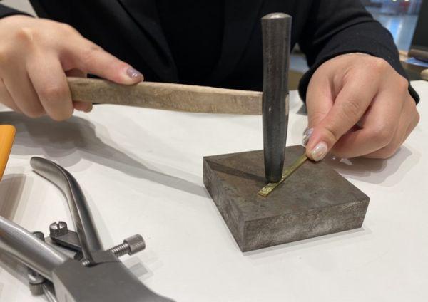 手作りバングル槌目