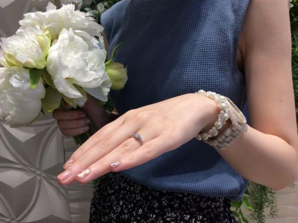 オンリーユウの婚約指輪をご成約。