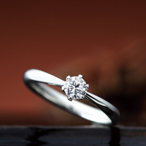 姫路・CHER LUV/シェールラヴ|アイビーの婚約指輪(エンゲージリング)