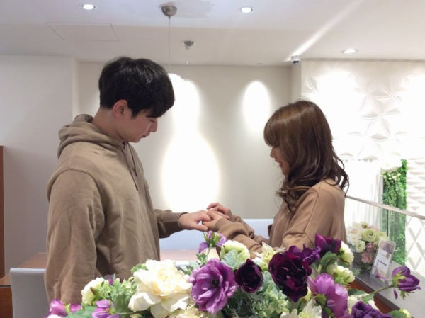 GRAMAの婚約指輪とRosettEの結婚指輪をご成約頂きました。