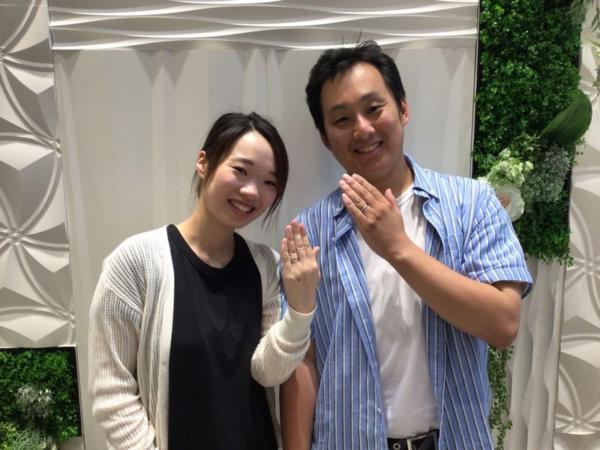 兵庫県豊岡市「SomethingBlue」の結婚指輪をご成約頂きました。